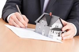 Accéder à un prêt immobilier : faut-il se tourner vers un courtier ?
